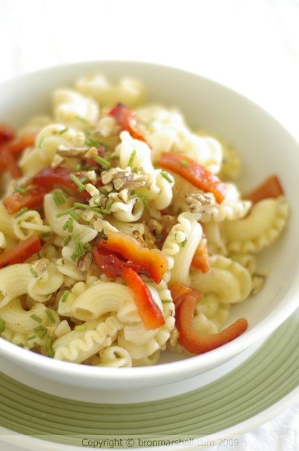 Toasted Walnut and Red Capsicum Pasta